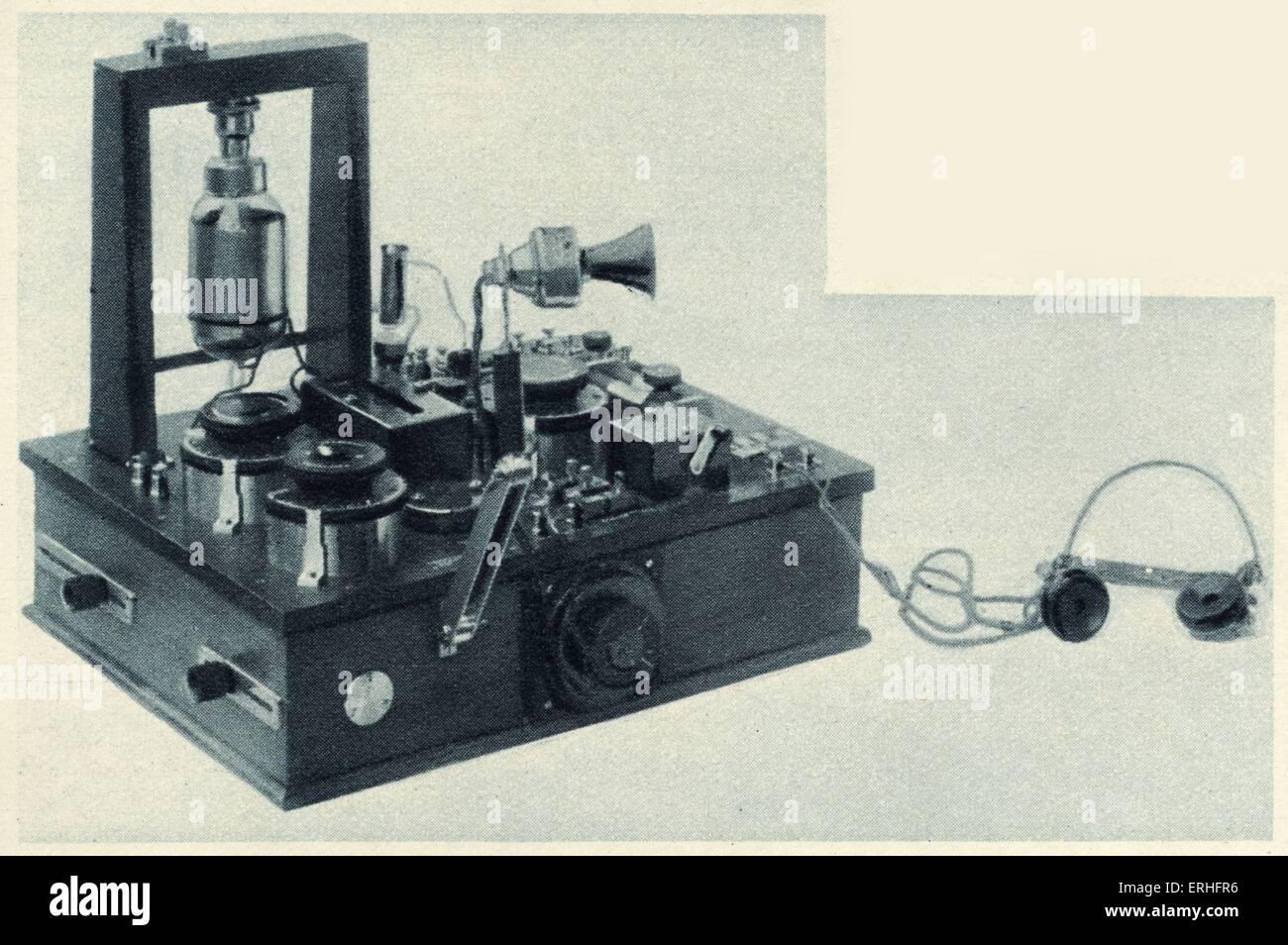 Schnurloses Telefonsender und Empfänger mit dem neuesten Fleming-Ventil. Zeichnung von 1919. Sir Ambrose Fleming: Stockbild