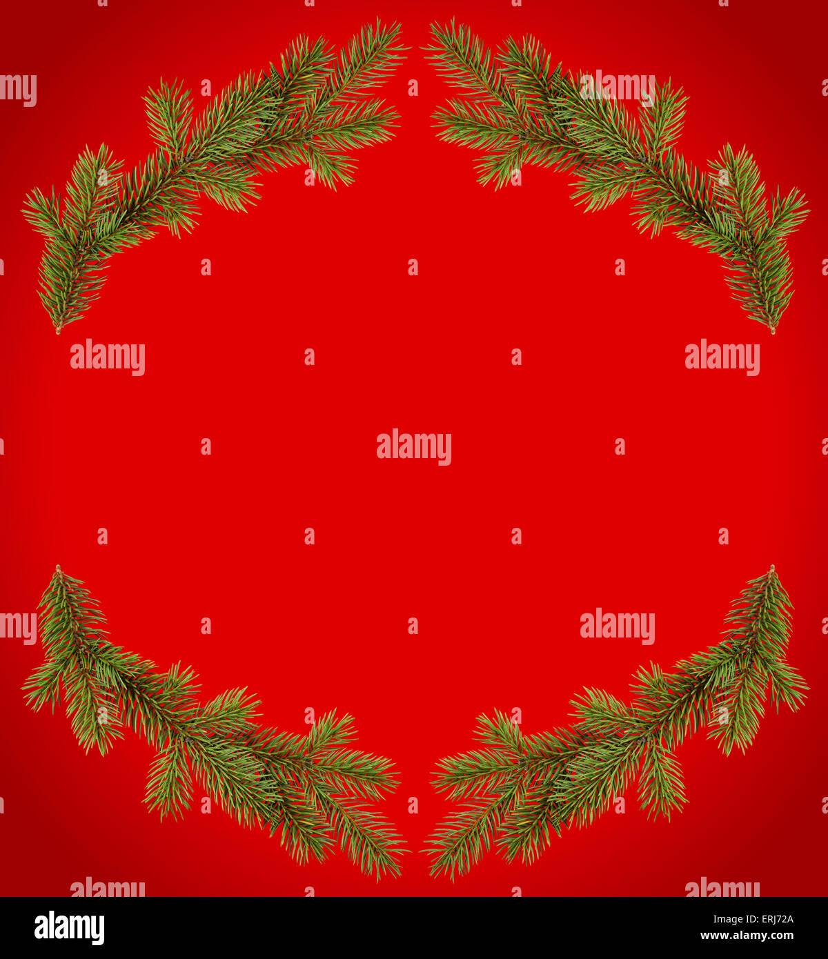 Roter Weihnachts-Rahmen aus Tannenzweigen Stockfoto, Bild: 83379250 ...