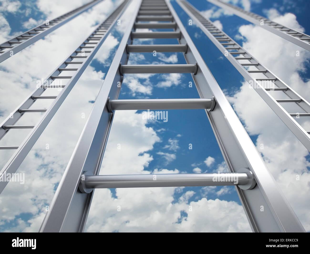 Leiter in den Himmel Stockbild