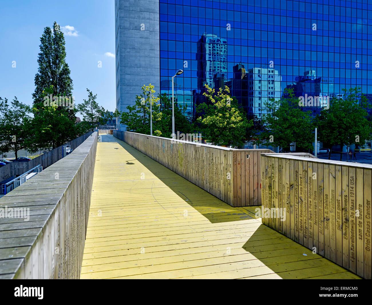 De Luchtsingel in Rotterdam, Niederlande, eine Verbindung zwischen Rotterdam Norden und die Mitte von Rotterdam. Stockbild