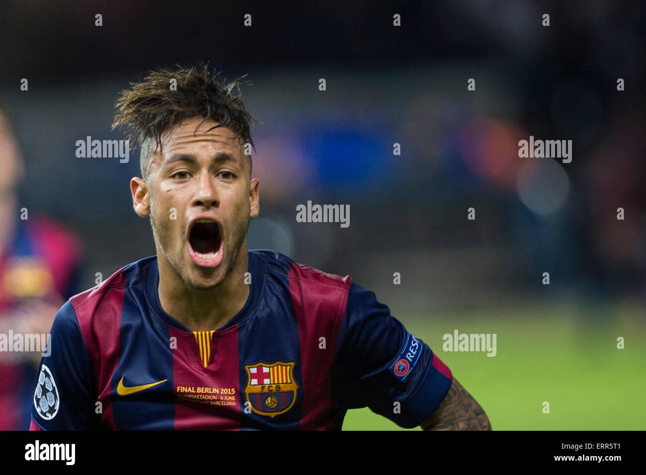 Berlin, Deutschland. 6. Juni 2015. Fußball/Fußball Neymar (Barcelona): Neymar von Barcelona feiert nach Stockbild