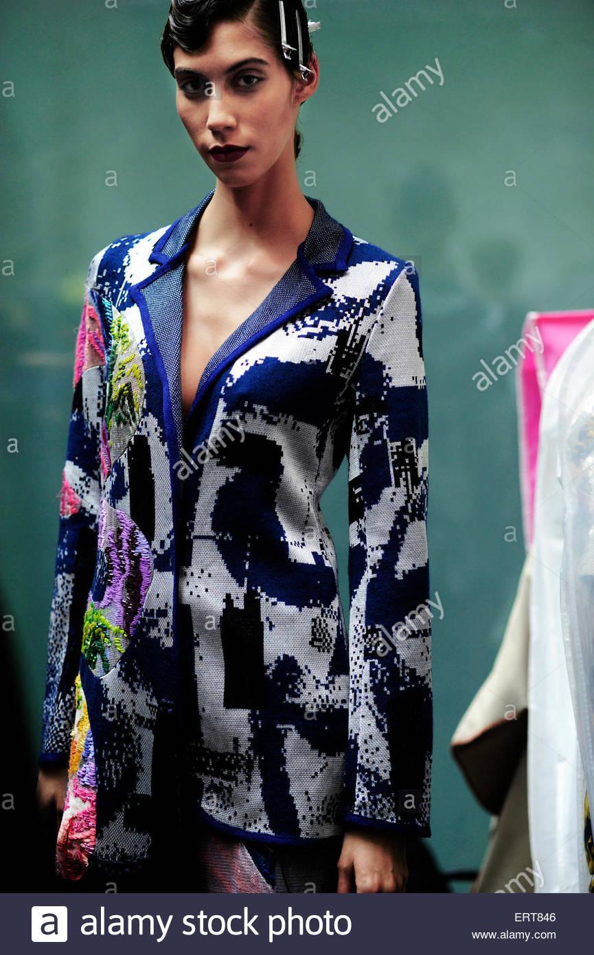 Womenswear Stockfotos & Womenswear Bilder