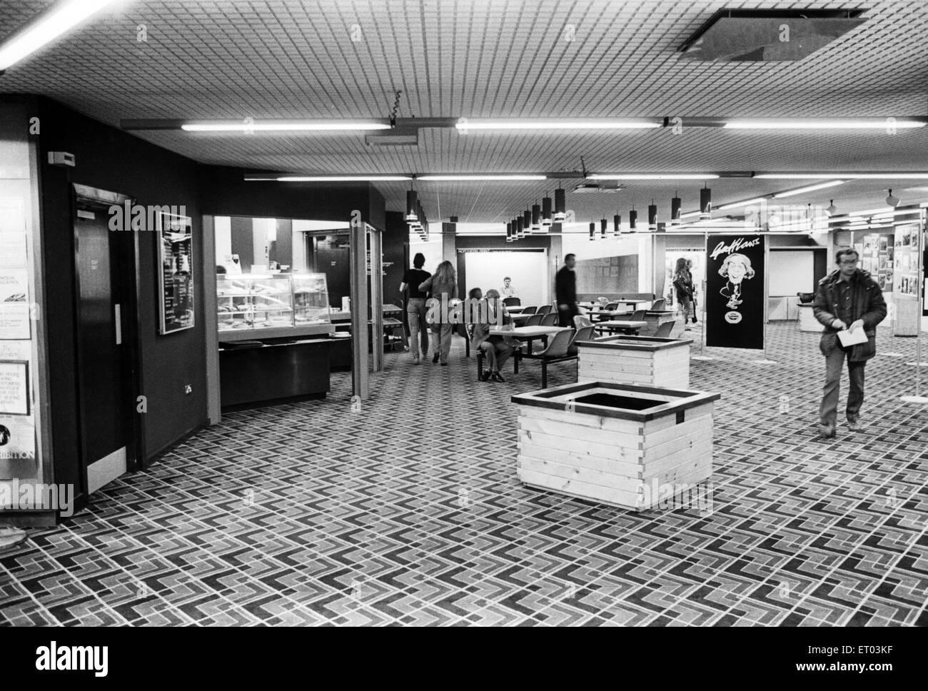 Newcastle Central Library. 27. September 1985. Stockbild
