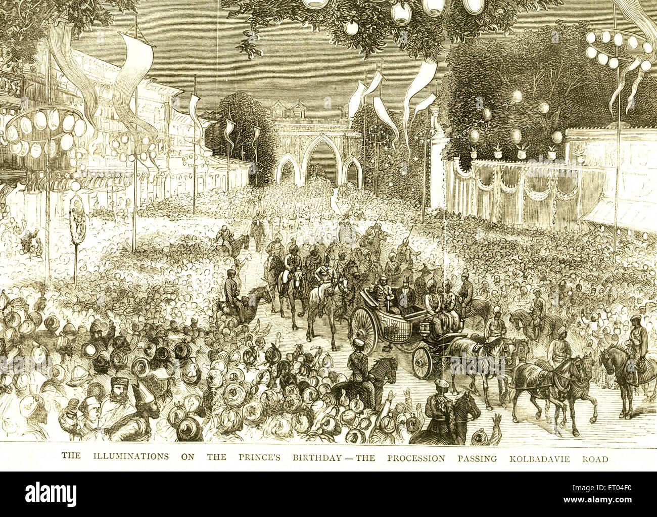 Die Beleuchtung auf den Fürsten Geburtstag; die Prozession vorbei Kolabadavie Straße; Colaba; Bombay Mumbai; Stockbild