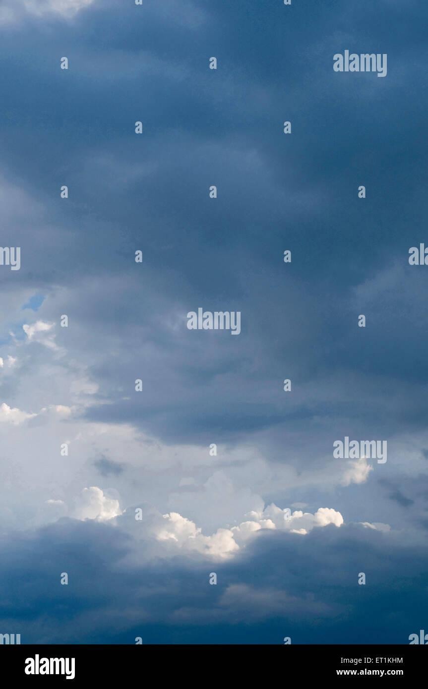 Naturphänomen Wolkenformationen in Pune, Maharashtra Indien Asien Stockbild