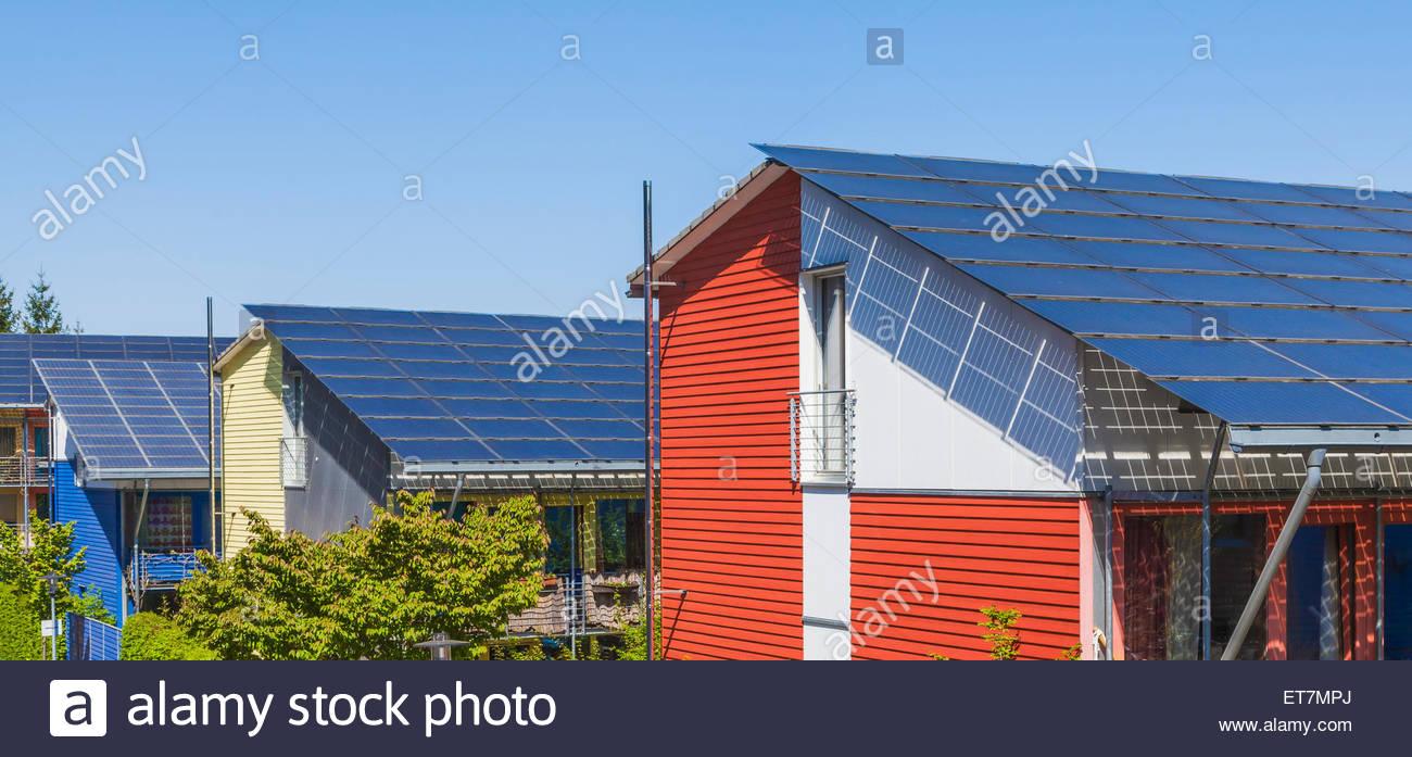 Deutschland, Freiburg Im Breisgau, Energie-Plus-Häuser in Freiburg ...