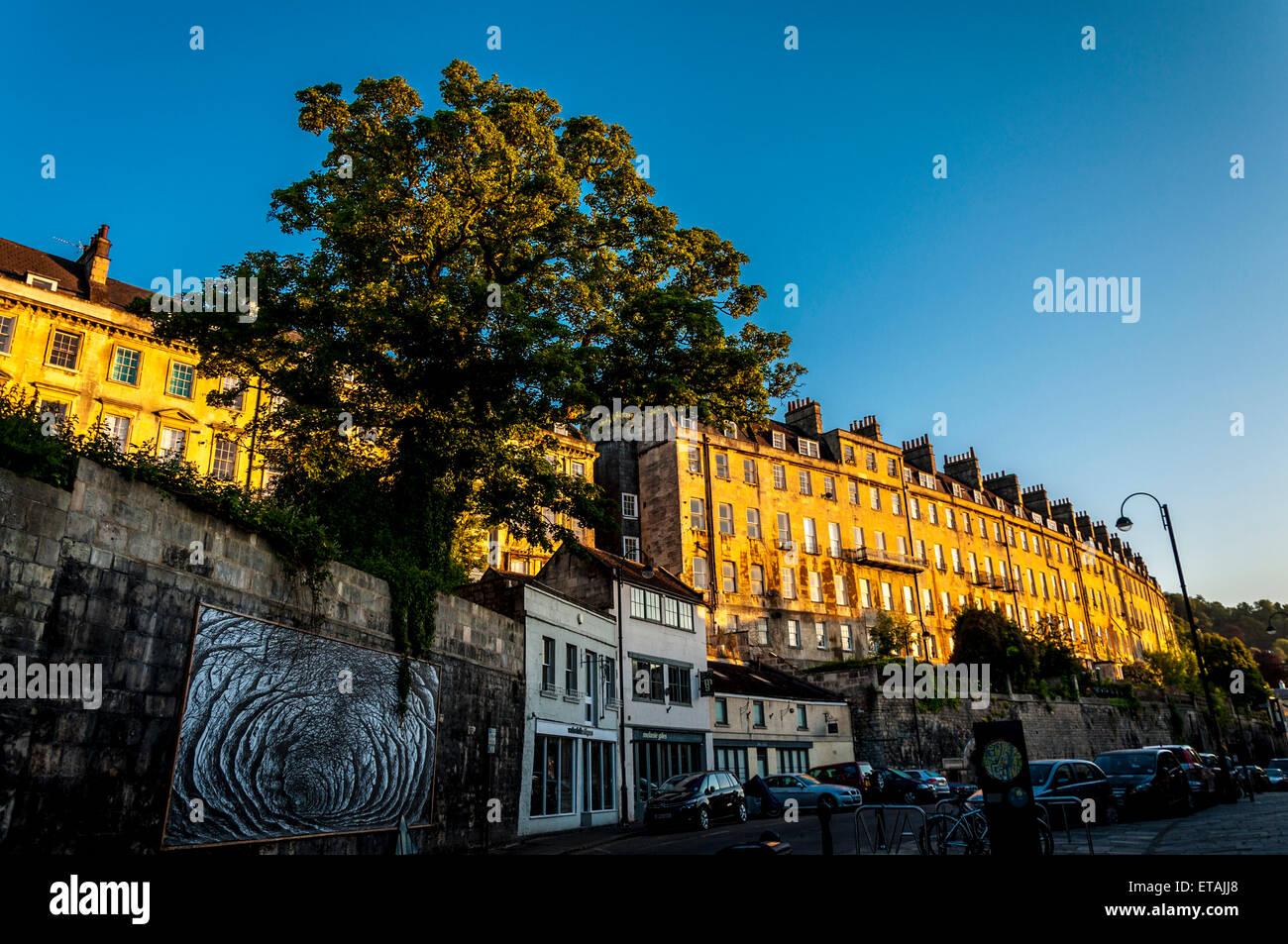 Somerset Badehäuser bei Dawn Sonnenaufgang von Walcot Straße Stockbild