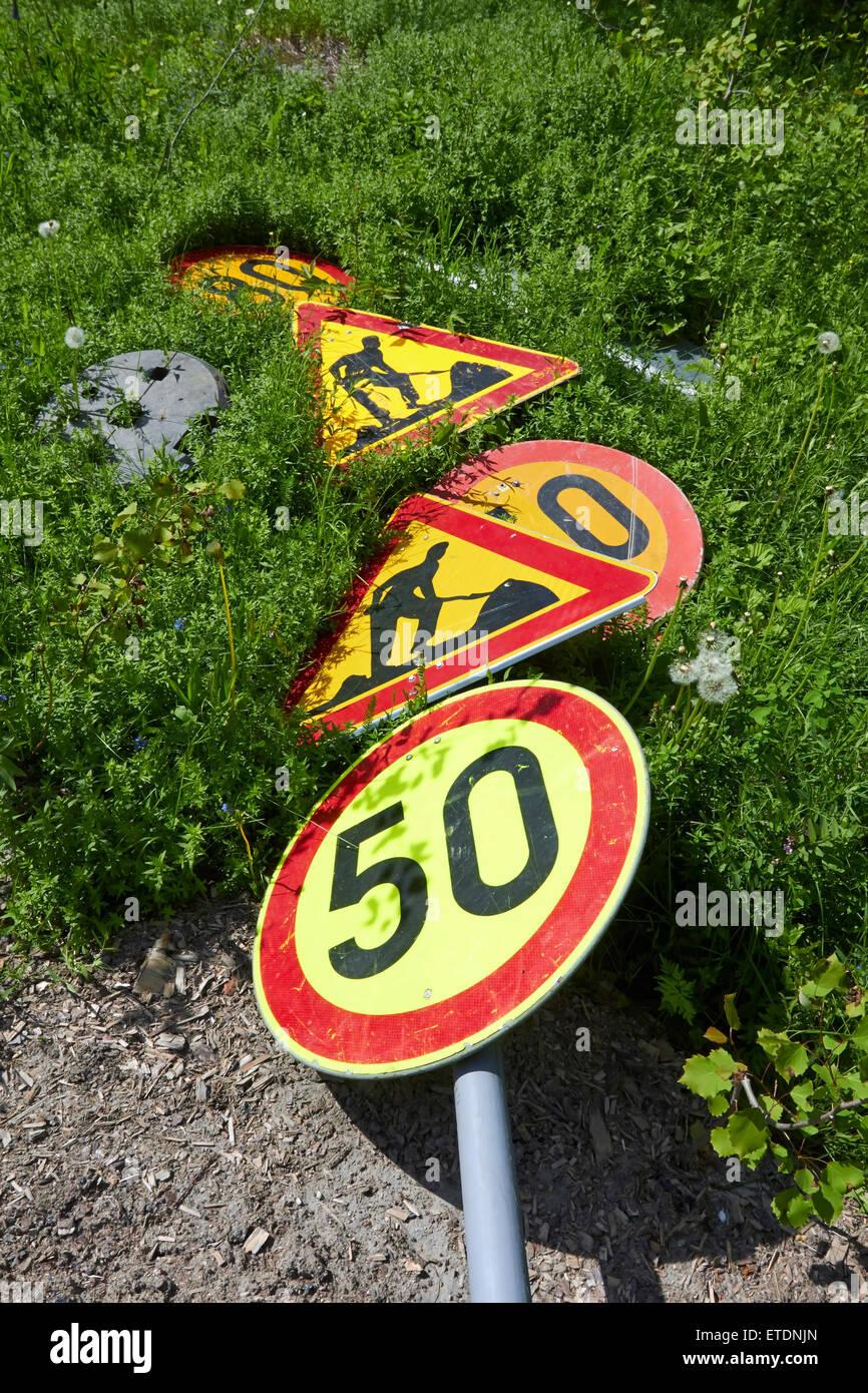 Verkehrszeichen auf Boden, Finnland Stockbild