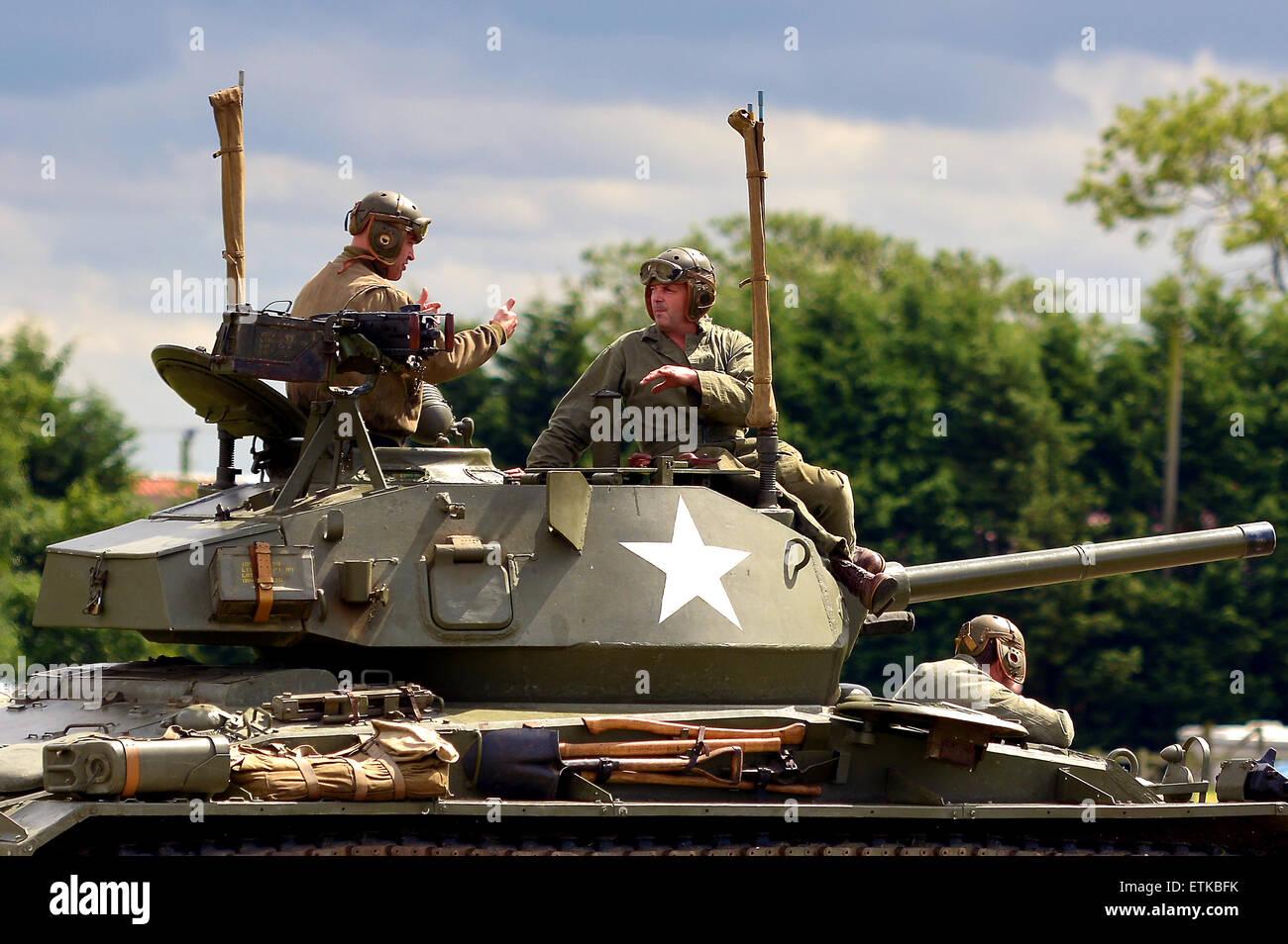 Weltkrieg zwei amerikanischen Chaffee Panzer und Crew, Weltkrieg zwei Tank-Anzeige auf dem Croft-Nostalgie-Festival Stockbild