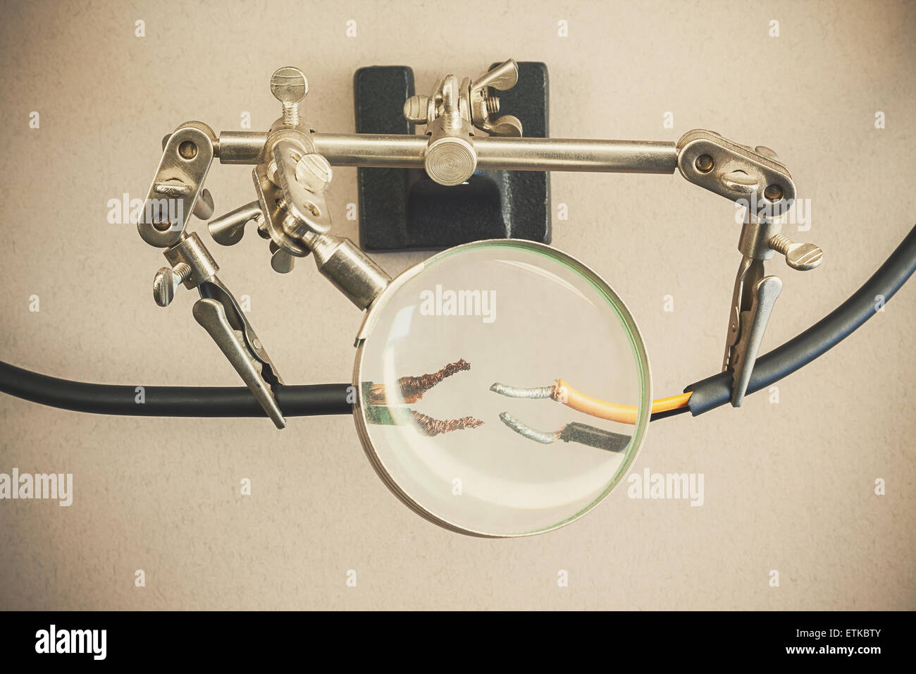 Electric Clamps Stockfotos & Electric Clamps Bilder - Alamy