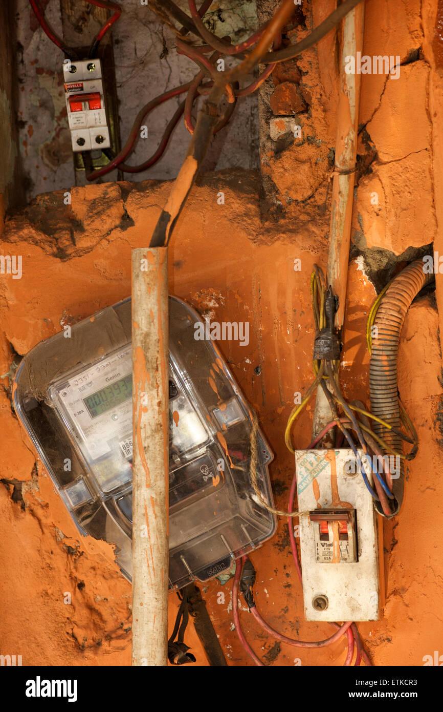 Indische Elektroinstallation. Stromzähler. Stockbild