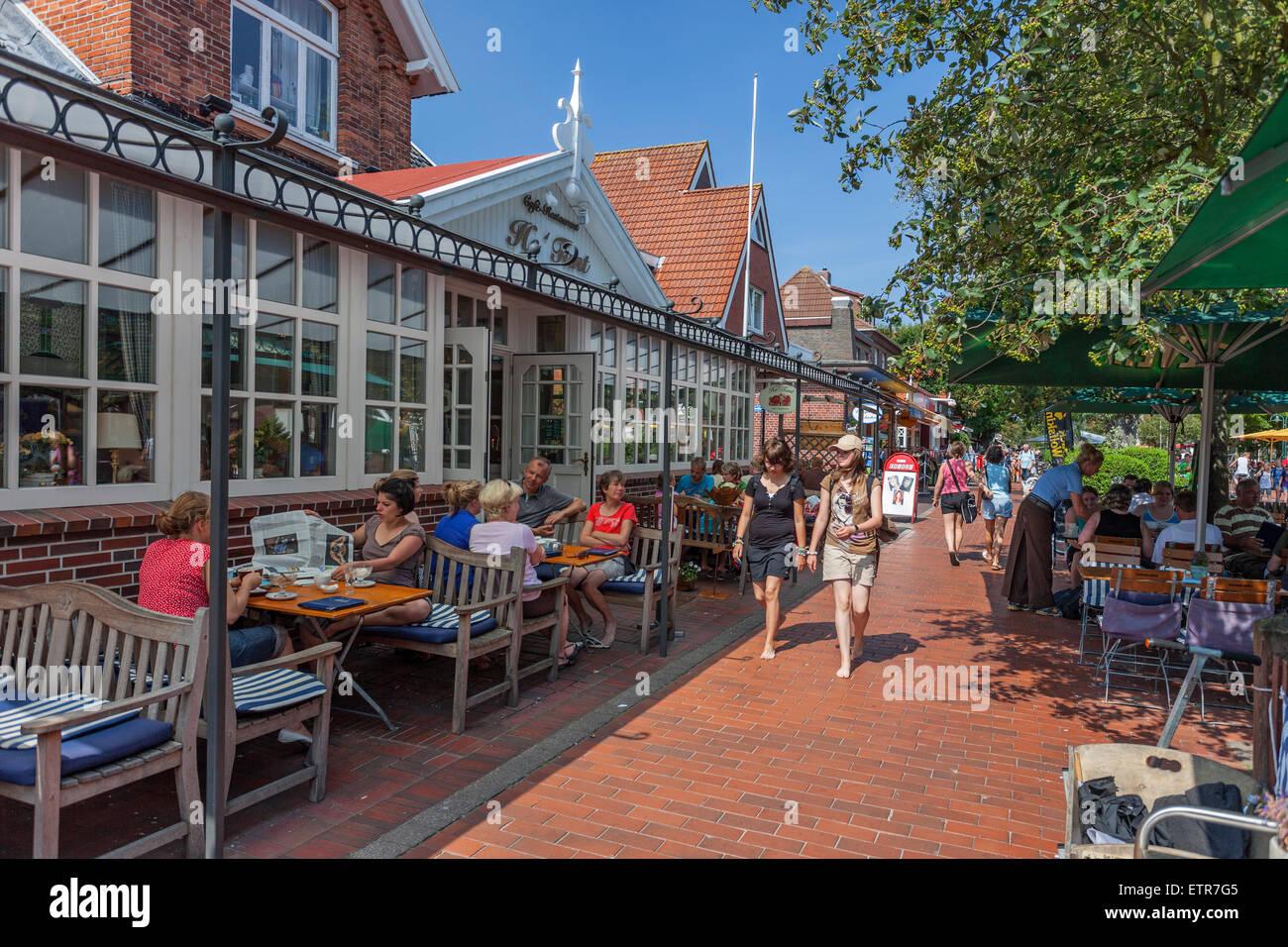 Straßencafé Restaurant in Insel Langeoog Ostfriesische