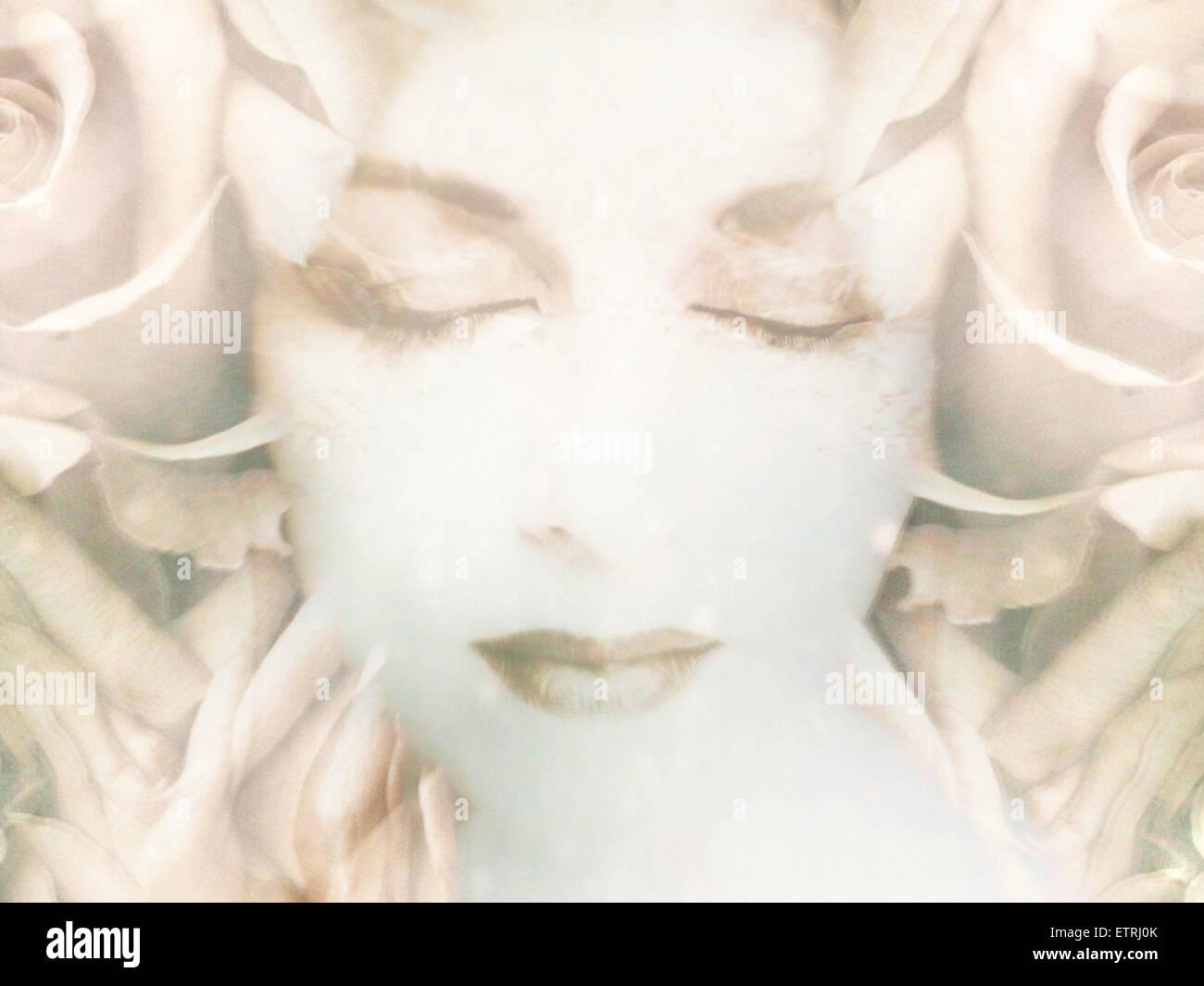 Montage eines Portraits mit floralen Elementen von Rosen in high-key Stockbild