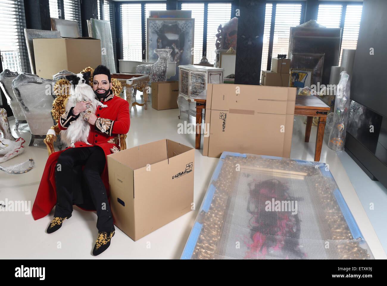 berlin deutschland 16 juni 2015 exklusive star. Black Bedroom Furniture Sets. Home Design Ideas
