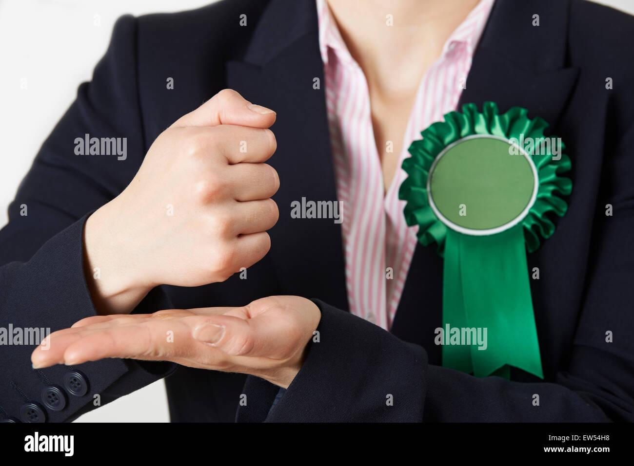 Nahaufnahme der Politikerin, die leidenschaftliche Rede Stockbild