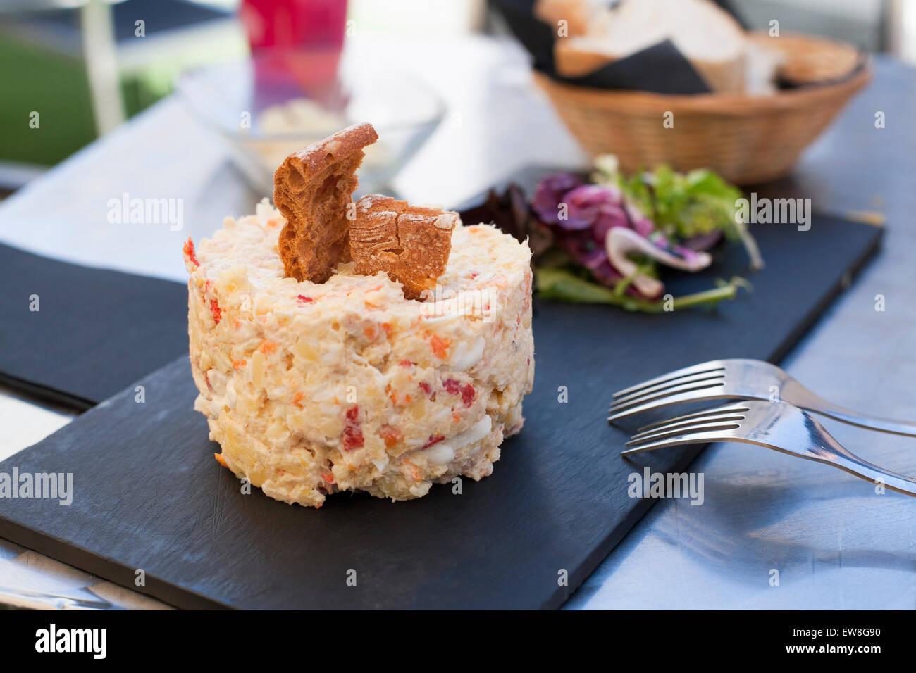 Stillleben Mit Schwarzem Schiefer Tablett Mit Typisch Spanien Essen