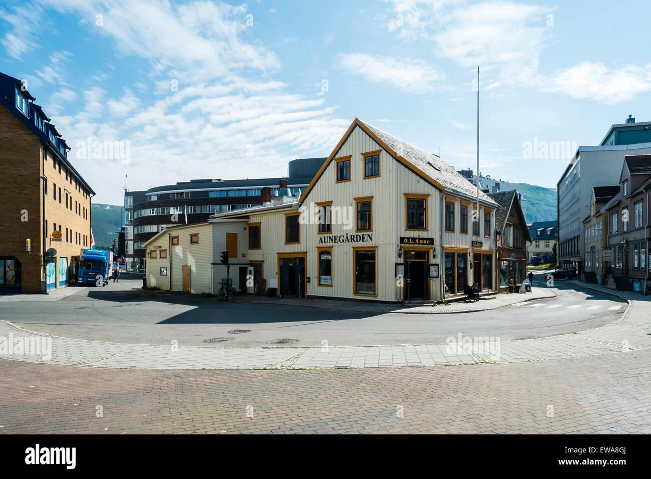 Typisches Café im Hafenviertel von Tromsø, Norwegen. Stockfoto