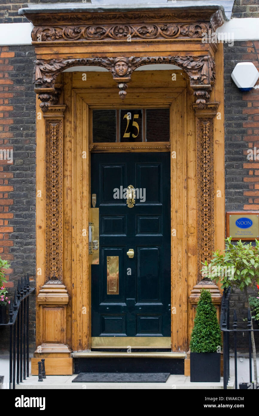 Ornate Door Frame Stockfotos & Ornate Door Frame Bilder - Alamy