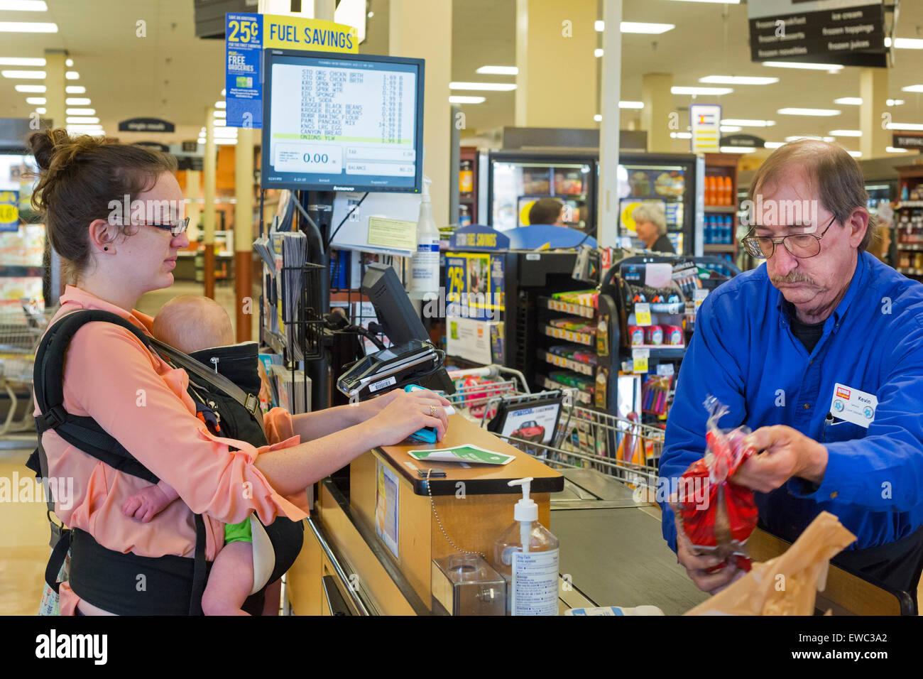 Arbeitsmama Stockfotos & Arbeitsmama Bilder - Alamy