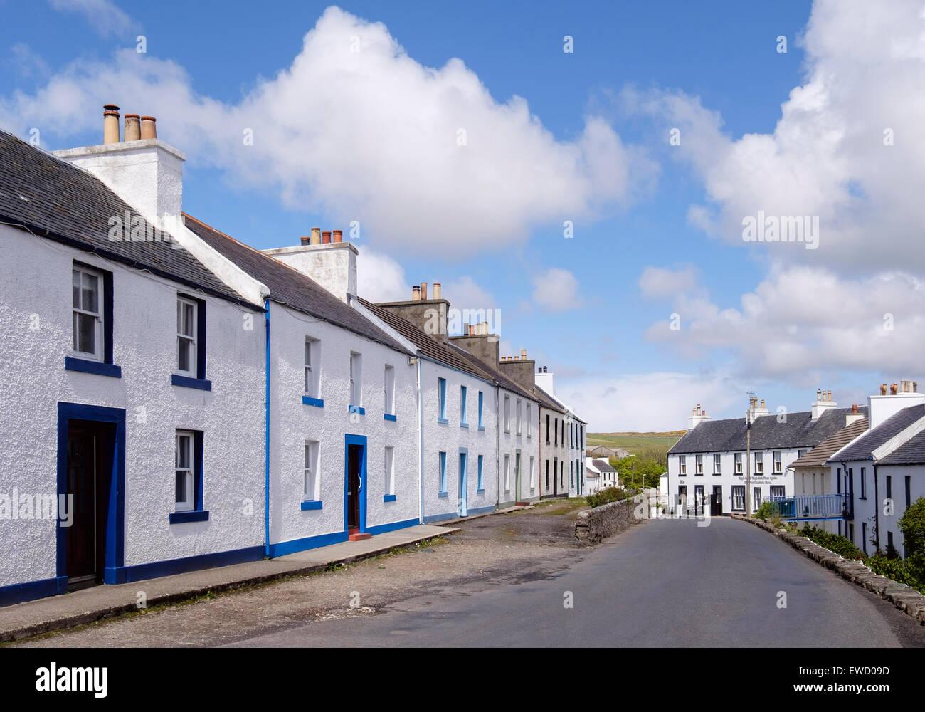 Traditionellen alten weißen Reihenhaus Häuser Weg A847 Port ...