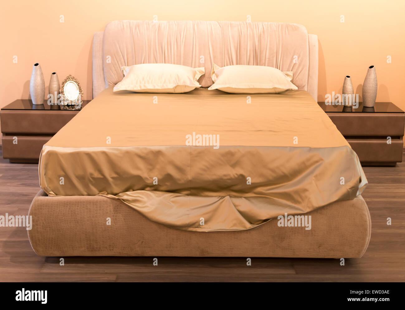 Abstrakten Hintergrund Bett Betten Schlafzimmer Kurve Dekoration Design  Elegante Stoff Mode Hotel Interior Lampe Luxus Material Dach