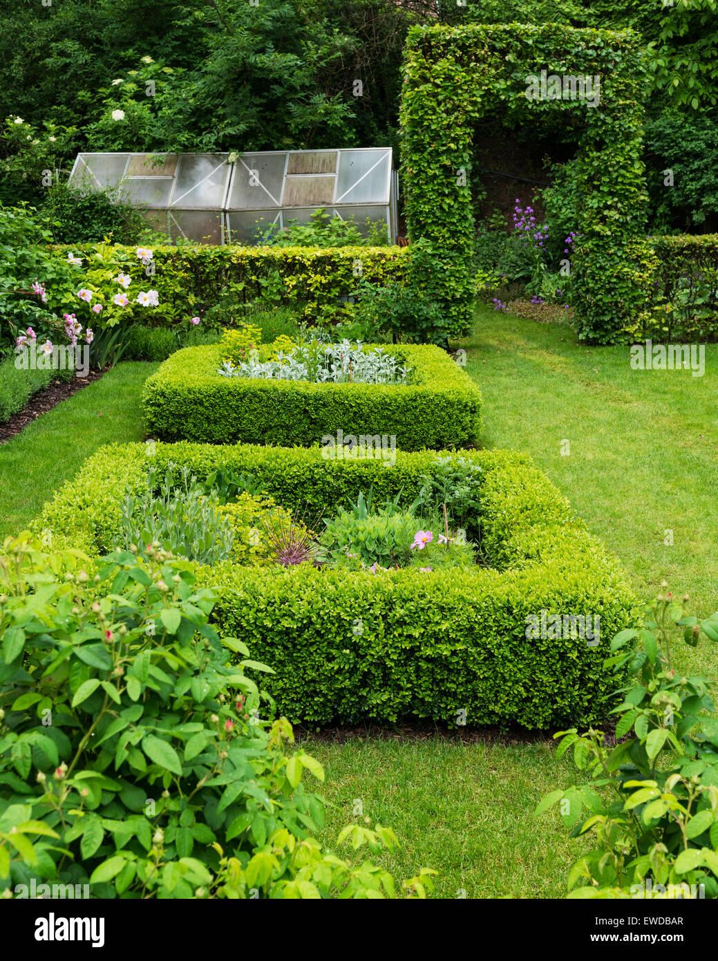 Garden schloss stockfotos garden schloss bilder seite 3 alamy - Gewachshaus garten ...