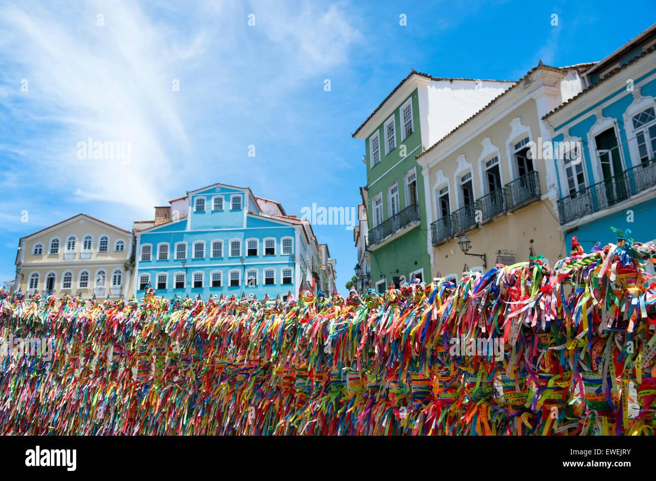 Dekorative brasilianischen Wunsch Bändern gebunden zu einem ...