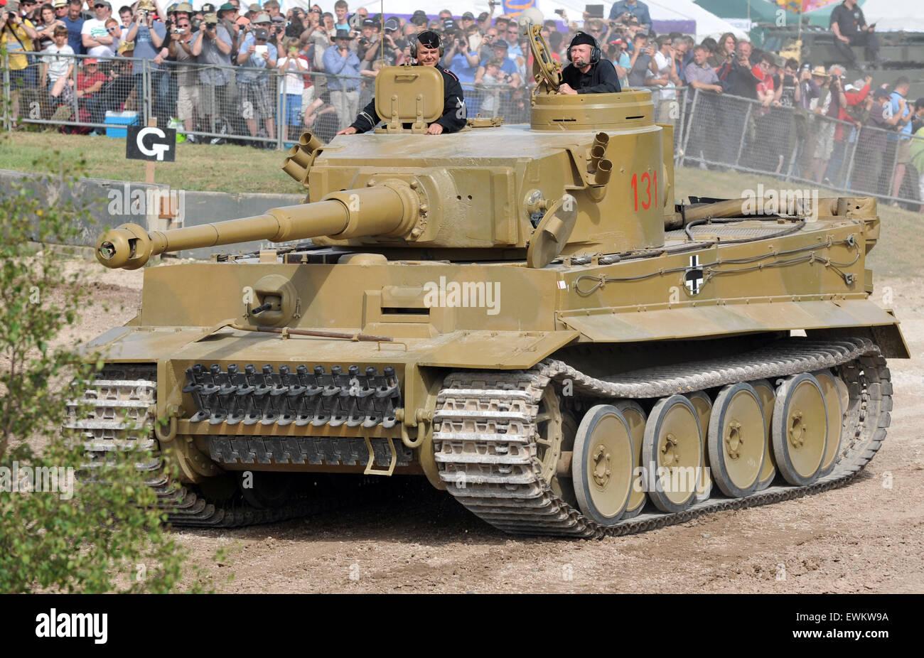 die einzige arbeits und komplett original deutschen tiger panzer der welt tank fest im. Black Bedroom Furniture Sets. Home Design Ideas
