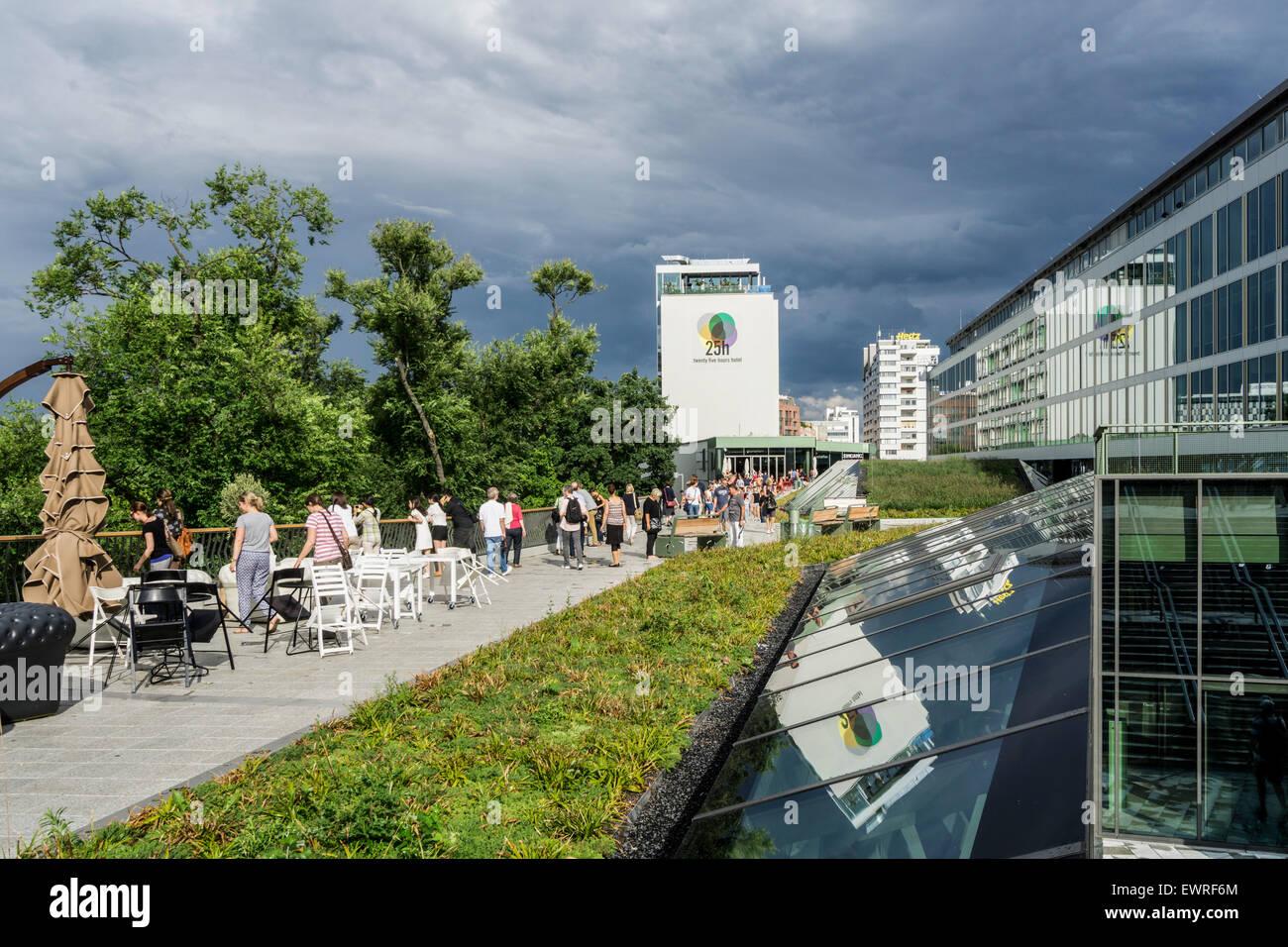 Bikini Shopping Center 25h Hotel Berlin Stockfoto Bild 84724716
