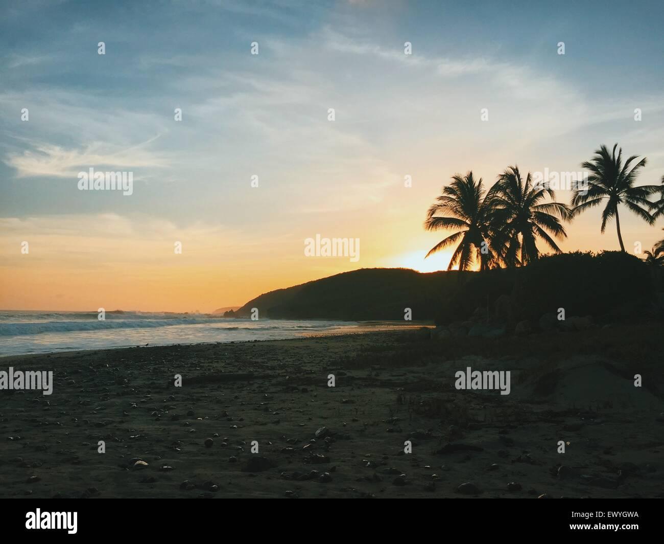 Strand bei Sonnenuntergang, Jalisco, Mexiko Stockbild