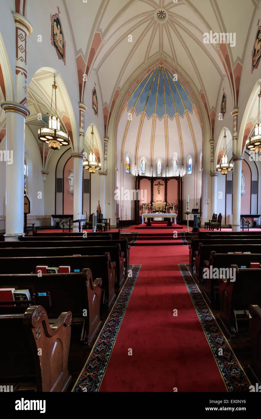 Innenraum der alten Kathedrale St. Joseph in der Innenstadt von Oklahoma City. Stockbild