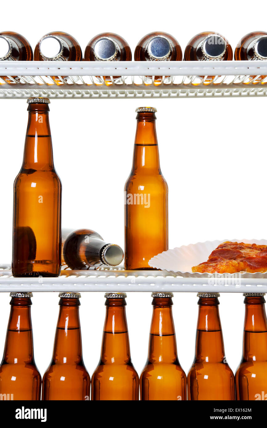 Stock Bild des Innenraums von einem Kühlschrank voller Bier und ...