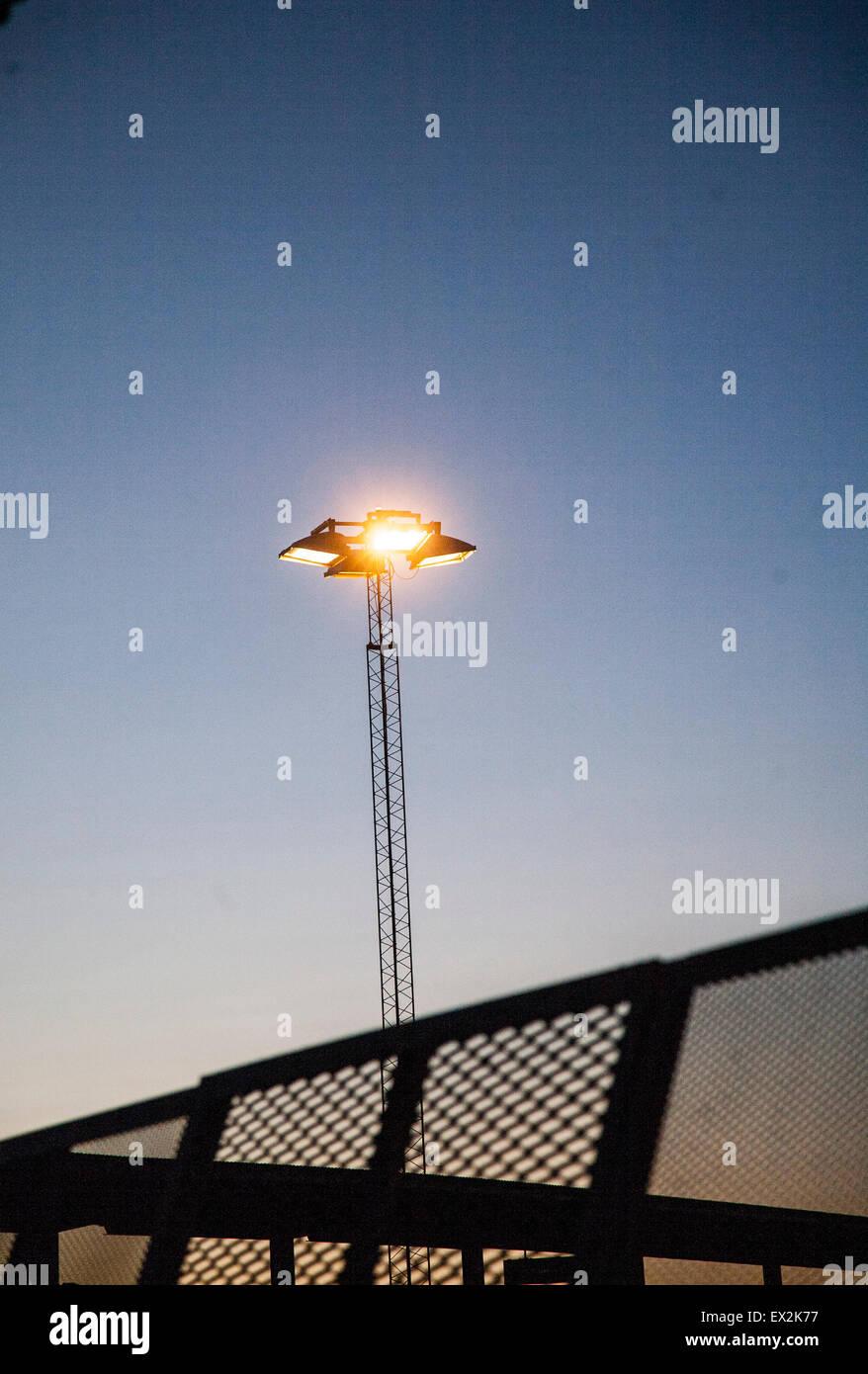 Die Beleuchtung an einem Flughafen Stockbild