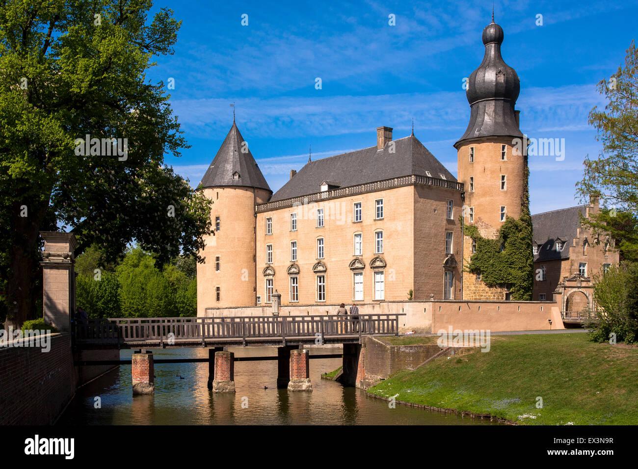 Deu, Deutschland, Nordrhein-Westfalen, Münsterland region, Wasserburg Gemen in Borken. Deu, Deutschland, Nordrhein Stockfoto