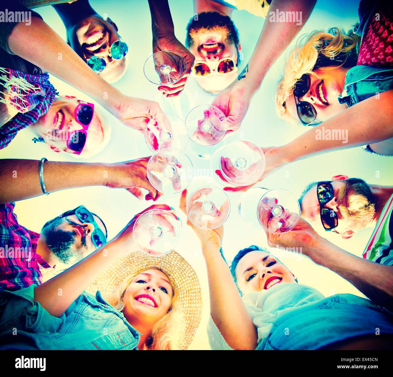 Strand Jubel Feier Freundschaft Sommerspaß Konzept Stockbild