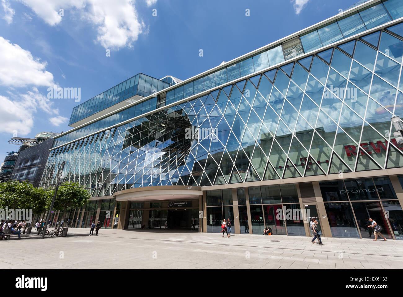 modernes einkaufszentrum myzeil in frankfurt main deutschland stockfoto bild 84967655 alamy. Black Bedroom Furniture Sets. Home Design Ideas
