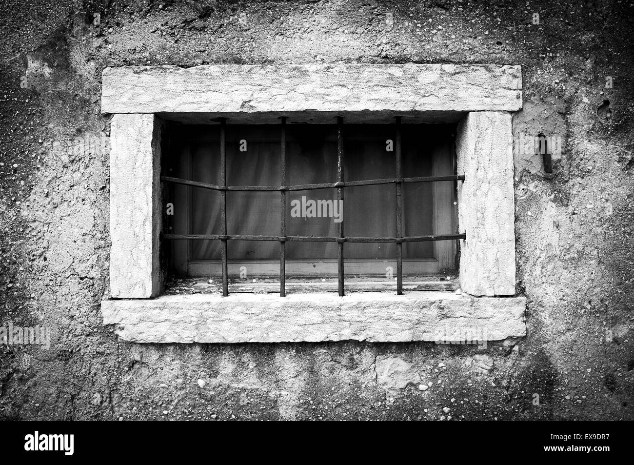 security window grill metal stockfotos security window grill metal bilder alamy. Black Bedroom Furniture Sets. Home Design Ideas