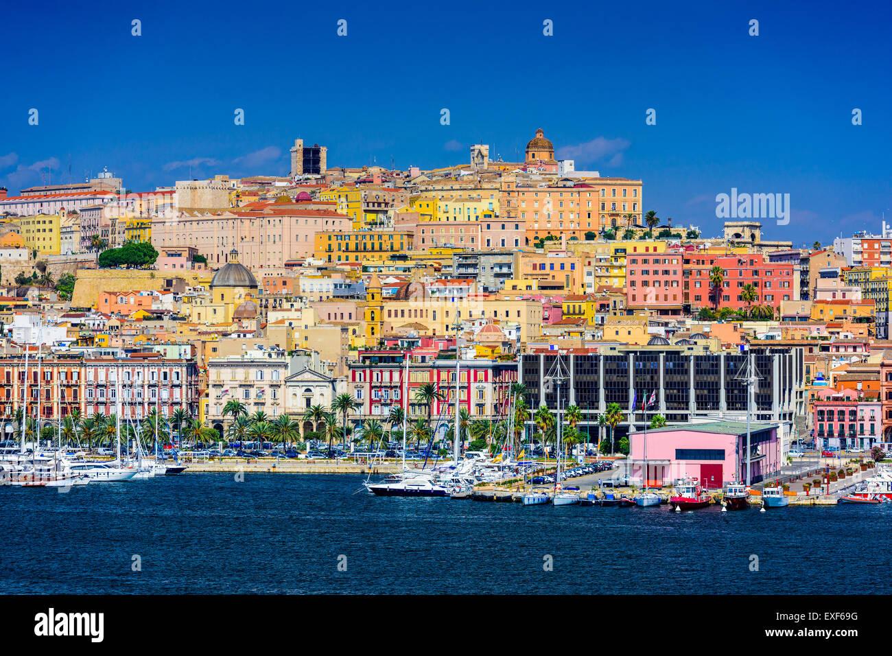 Cagliari, Sardinien, Italien Küste Skyline am Mittelmeer. Stockbild