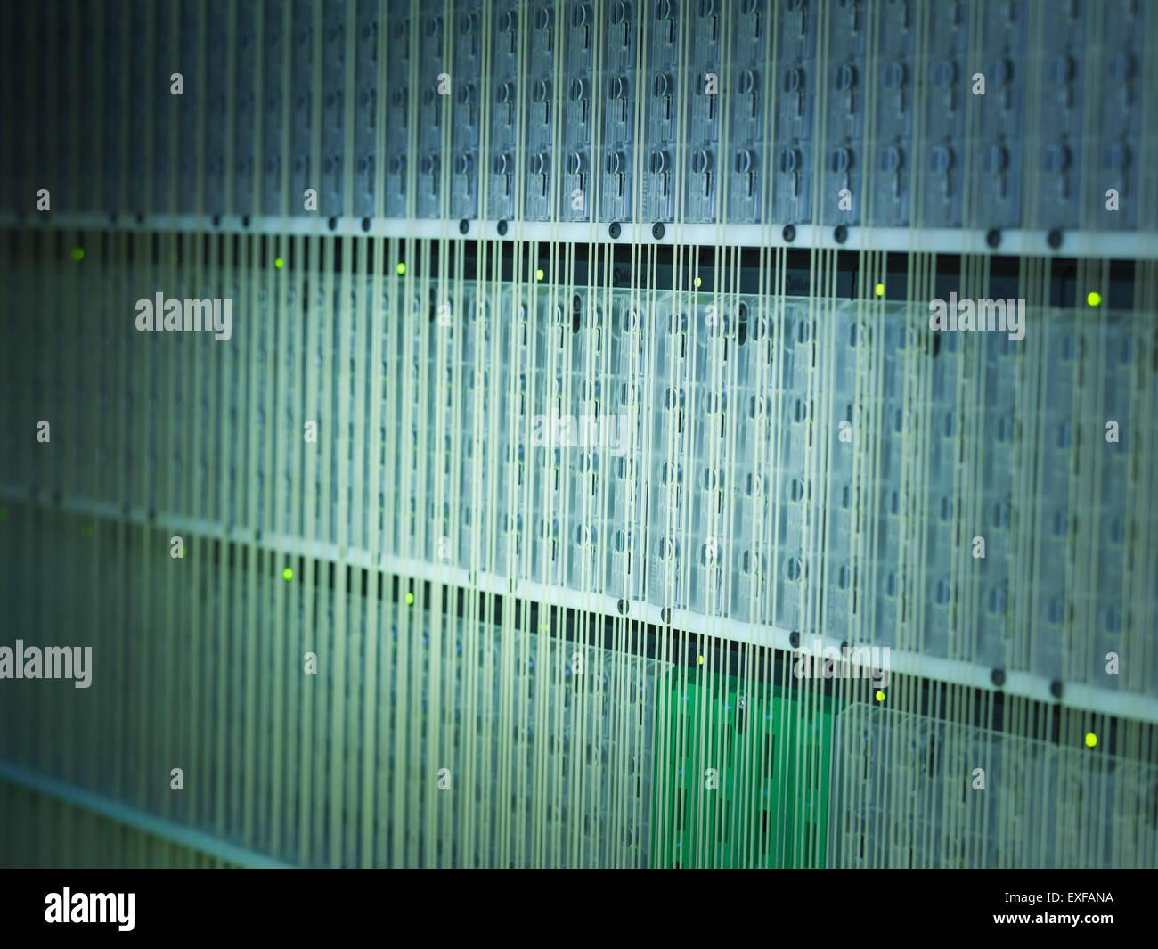 Elektronik in Kohlenstoff-Faser-Webstuhl Stockbild