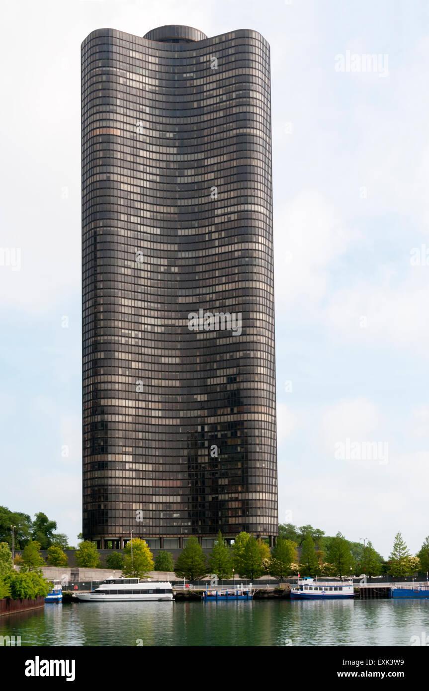 Den Mies Van Der Rohe Inspiriert Lake Point Tower Auf North Lake