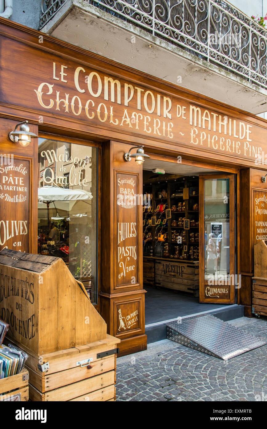 Alten Lebensmittelgeschäft in L'Isle-Sur-la-Sorgue, Provence, Frankreich Stockbild