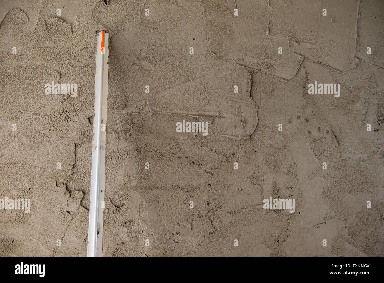 maurer bauen glatte wände verputzt stockfoto, bild: 85300458 - alamy