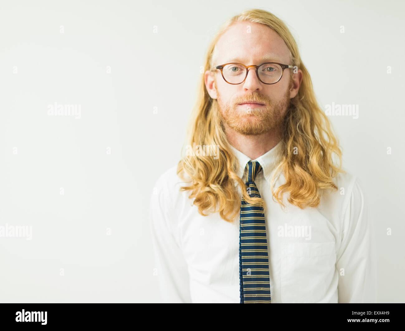 Porträt von blonder Mann Stockbild