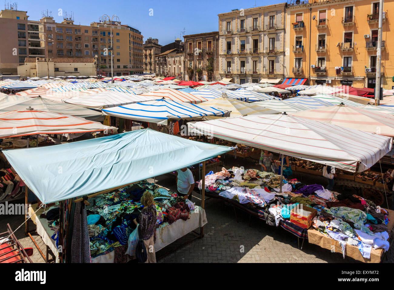 Straßenmarkt, Catania, Sizilien, Italien Stockbild