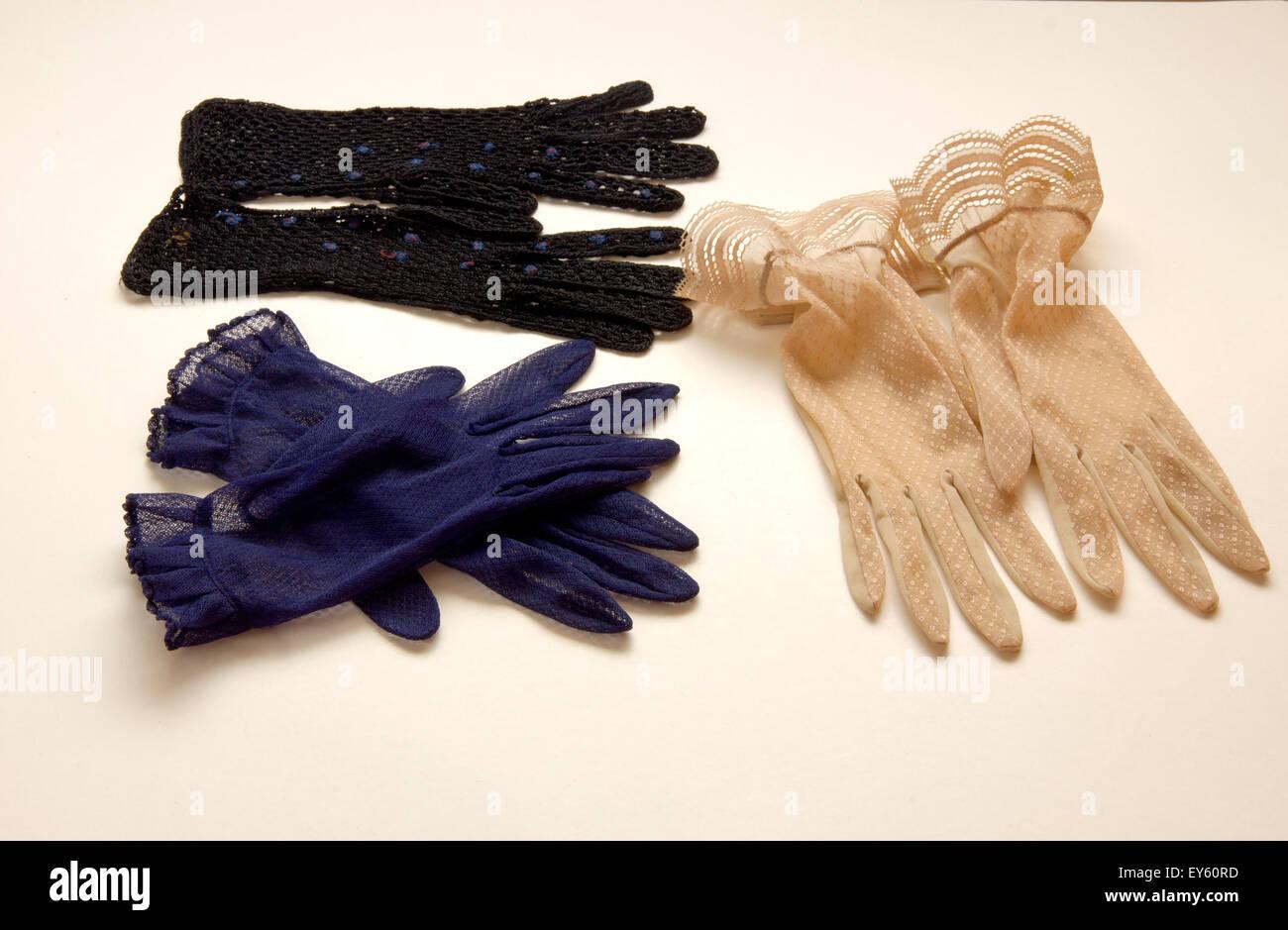 50er Jahre Mode Damen Handschuhe Stockbild