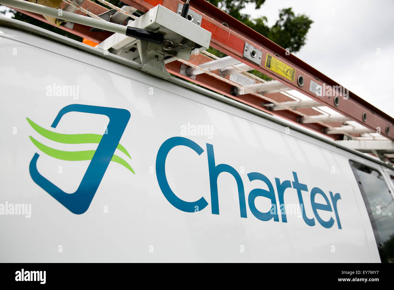 Ein Charter-Logo auf einem Kabel-TV Installation van, Charter Communications, Inc. in Onancock, Virginia am 18. Stockfoto