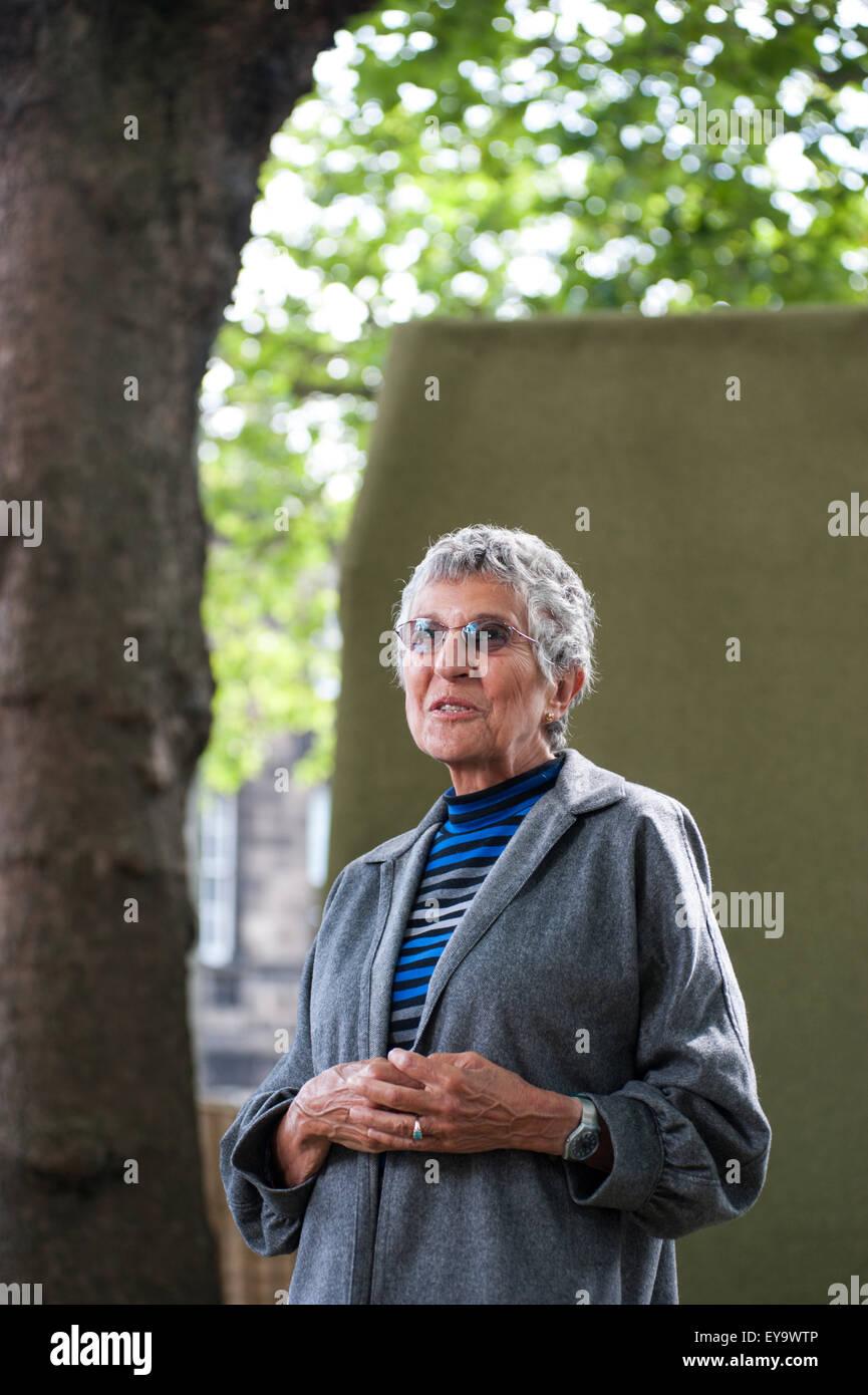 Schriftsteller Irma Kurtz, erscheinen auf dem Edinburgh International Book Festival. Stockbild