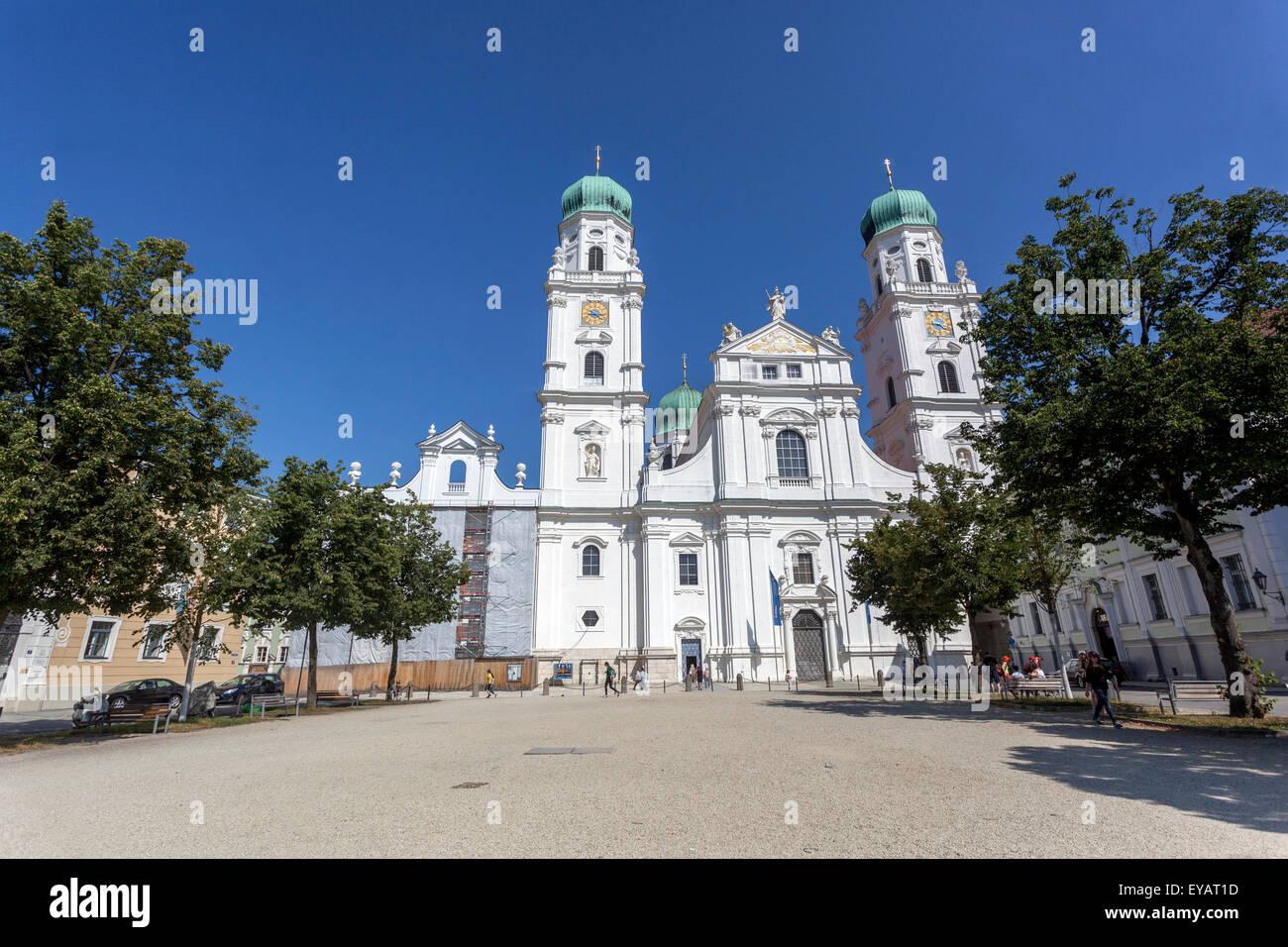 Domplatz, dem Stephansdom, Passau, senken Sie Bayern, Deutschland, Europa Stockbild