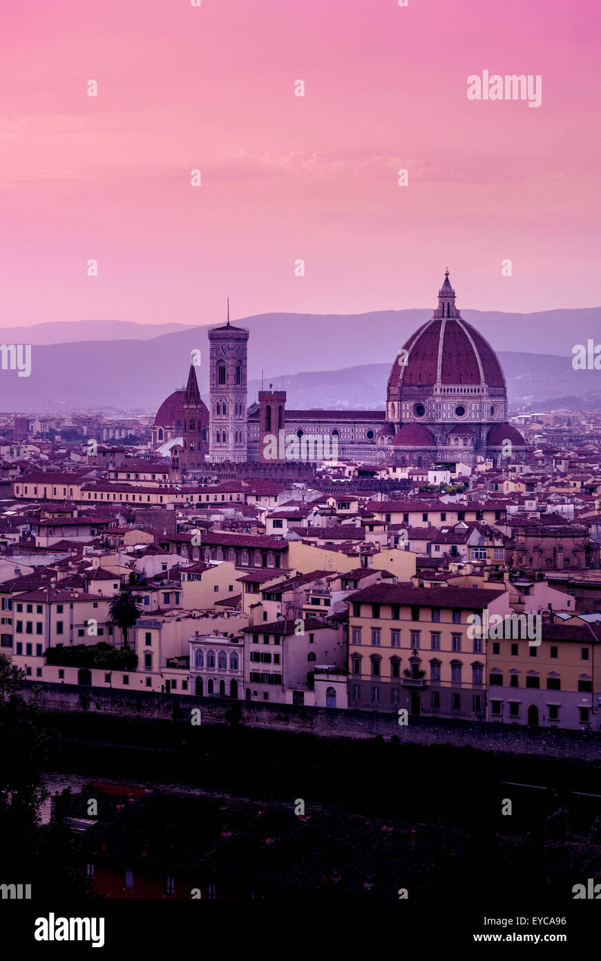 Kathedrale von Florenz in der Abenddämmerung. Florenz, Italien. Stockbild