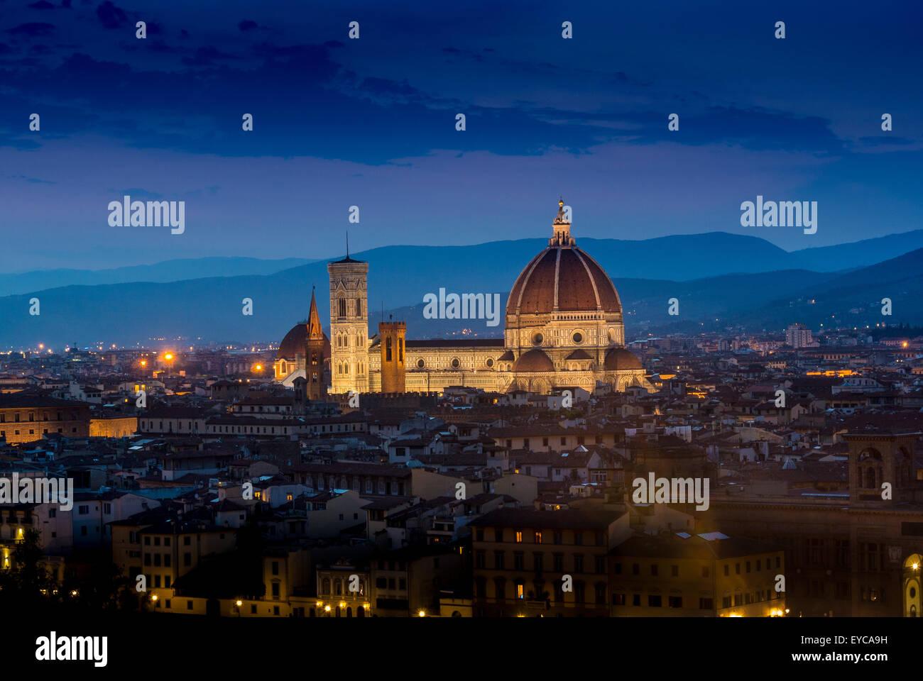 Kathedrale von Florenz in der Nacht. Florenz, Italien. Stockbild